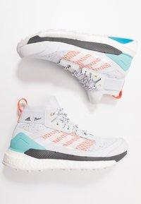 adidas Performance - TERREX FREE PARLEY - Zapatillas de senderismo - grey/footwear white/true orange - 1