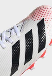 adidas Performance - PREDATOR 20.4 FXG - Voetbalschoenen met kunststof noppen - ftwwht/cblack/pop - 6