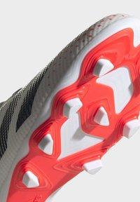 adidas Performance - PREDATOR 20.4 FXG - Voetbalschoenen met kunststof noppen - ftwwht/cblack/pop - 7