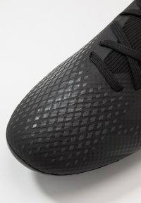 adidas Performance - PREDATOR 20.3 MG - Botas de fútbol con tacos - core black/dough solid grey - 5