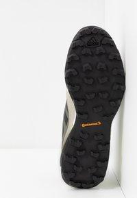 adidas Performance - TERREX SKYCHASER  - Hiking shoes - legend green/core black/signal green - 4