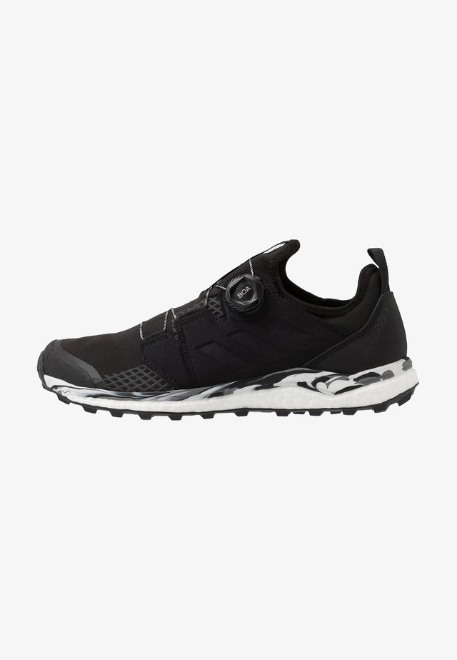 TERREX AGRAVIC BOA - Zapatillas de trail running - core black/grey one