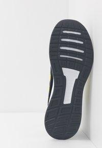 adidas Performance - RUNFALCON - Zapatillas de running neutras - legend ink/shock yellow/footwear white - 4