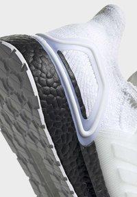 adidas Performance - ULTRABOOST 19 SHOES - Laufschuh Stabilität - white - 8