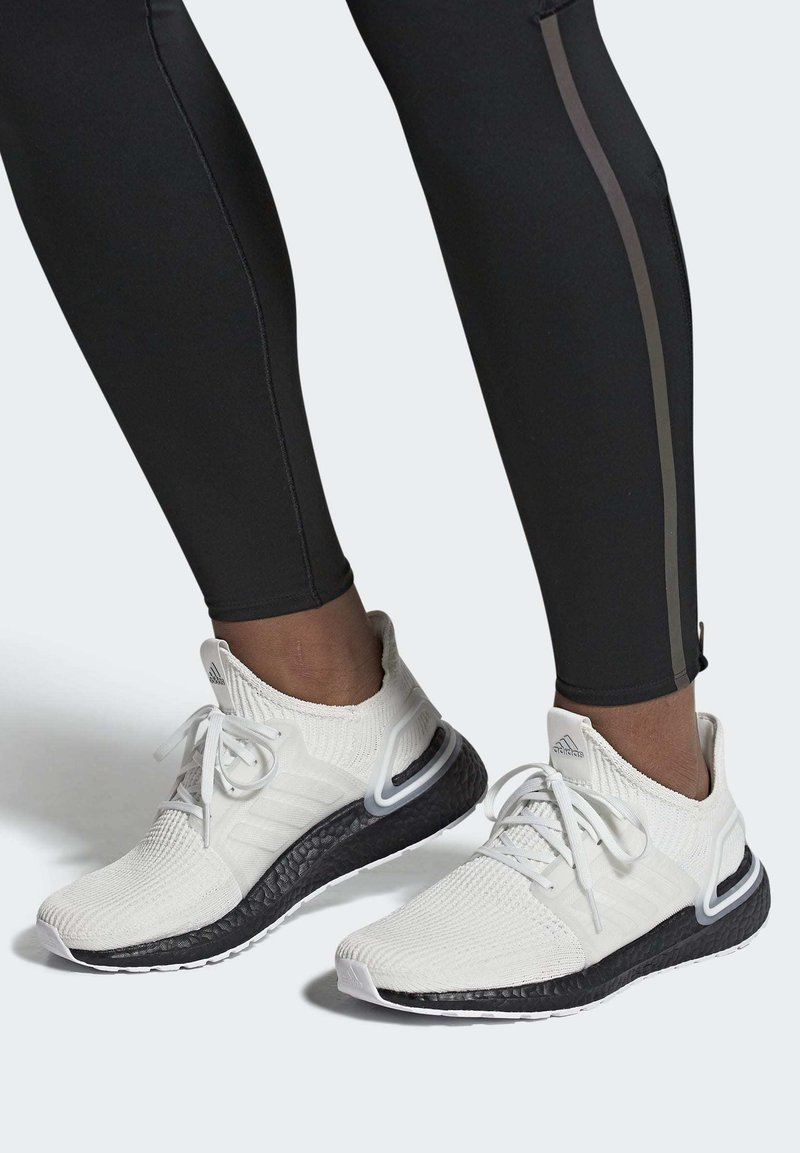 adidas Performance - ULTRABOOST 19 SHOES - Laufschuh Stabilität - white