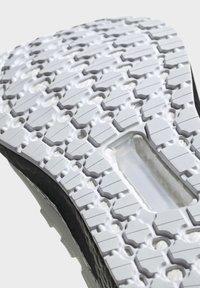 adidas Performance - ULTRABOOST 19 SHOES - Laufschuh Stabilität - white - 9