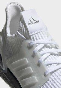 adidas Performance - ULTRABOOST 19 SHOES - Laufschuh Stabilität - white - 7