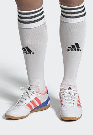 SUPER SALA BOOTS - Futsal-kengät - white