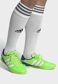 adidas Performance - SUPER SALA BOOTS - Indoor football boots - green - 0