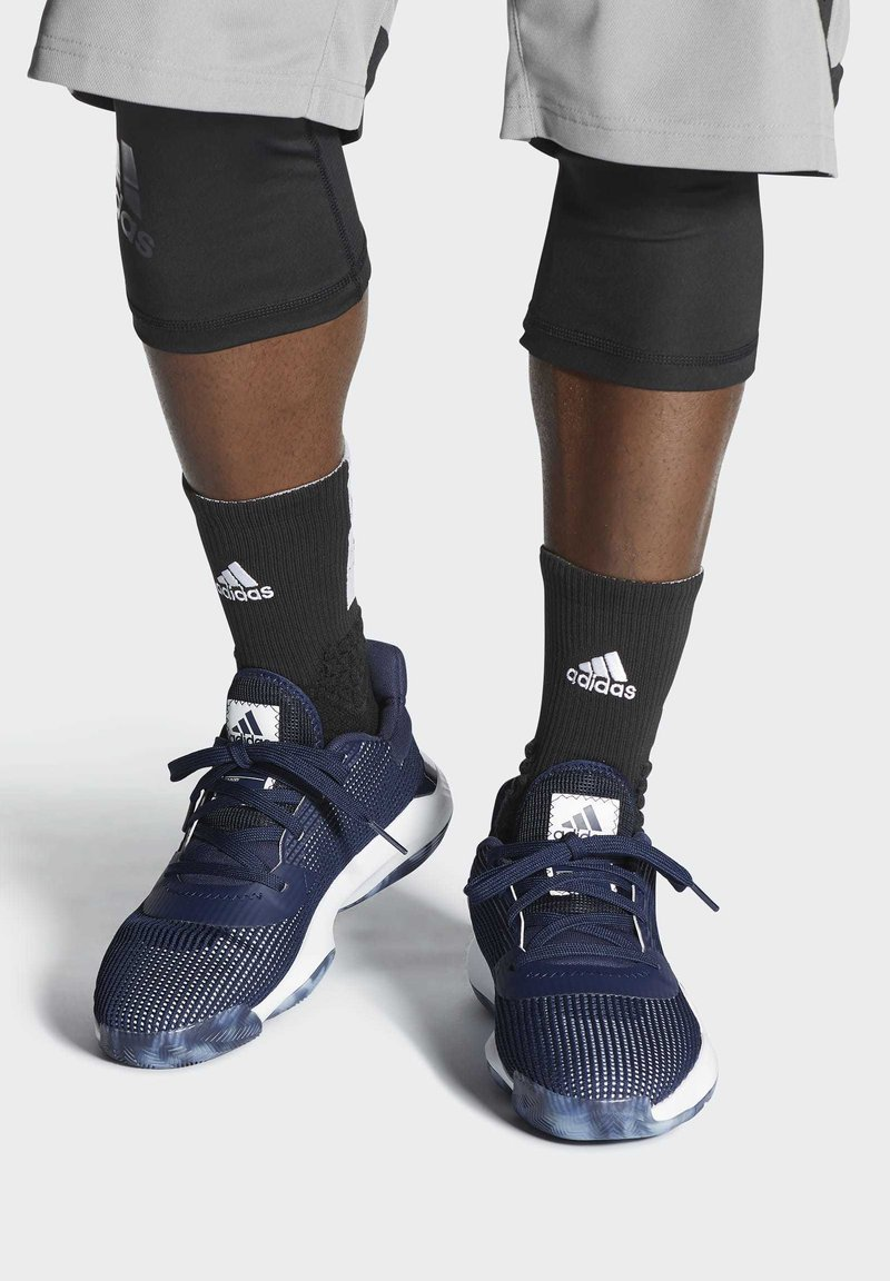 adidas Performance - PRO BOUNCE 2019 LOW SHOES - Basketball shoes - blue