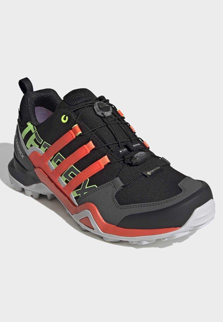 adidas Performance TERREX SWIFT R2 GORE-TEX HIKING SHOES - Chaussures de marche - black