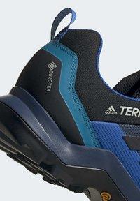 adidas Performance - TERREX AX3 GORE-TEX HIKING SHOES - Hikingsko - black - 8