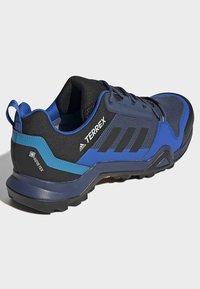 adidas Performance - TERREX AX3 GORE-TEX HIKING SHOES - Hikingsko - black - 4