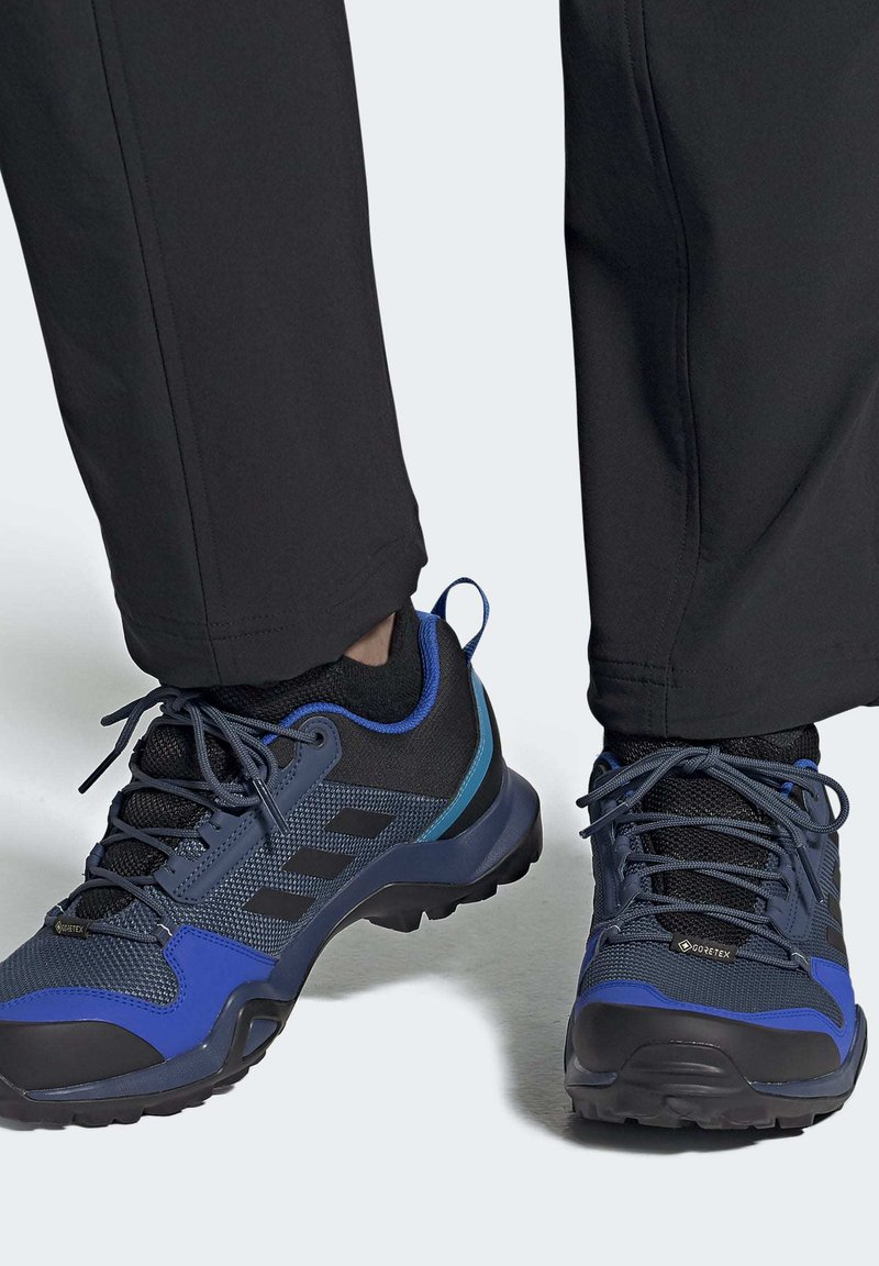 adidas Performance - TERREX AX3 GORE-TEX HIKING SHOES - Hikingsko - black