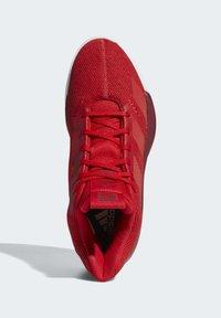 adidas Performance - PRO NEXT 2019 SHOES - Koripallokengät - red - 2