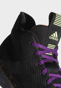 adidas Performance - PRO NEXT 2019 SHOES - Koripallokengät - black - 7