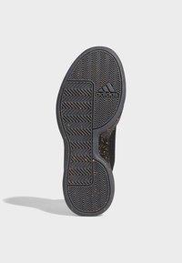 adidas Performance - PRO NEXT 2019 SHOES - Koripallokengät - black - 5