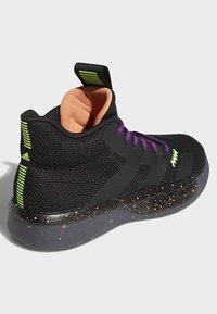 adidas Performance - PRO NEXT 2019 SHOES - Koripallokengät - black - 4