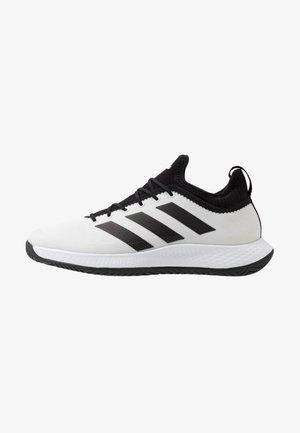 DEFIANT GENERATION  - Buty tenisowe uniwersalne - footwear white/core black