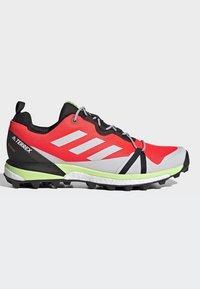 adidas Performance - TERREX SKYCHASER LT GORE-TEX HIKING SHOES - Hiking shoes - orange - 6