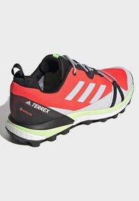 adidas Performance - TERREX SKYCHASER LT GORE-TEX HIKING SHOES - Hiking shoes - orange - 4