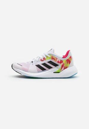 ALPHATORSION - Zapatillas de running neutras - footwear white/core black/power pink