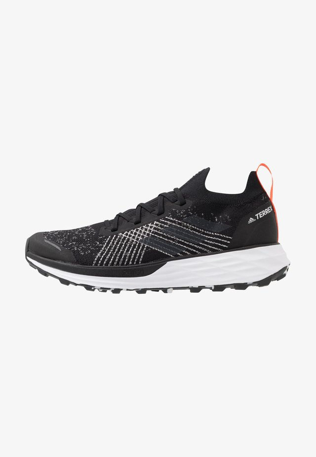 TERREX TWO PARLEY - Zapatillas de trail running - core black/grey three/true orange