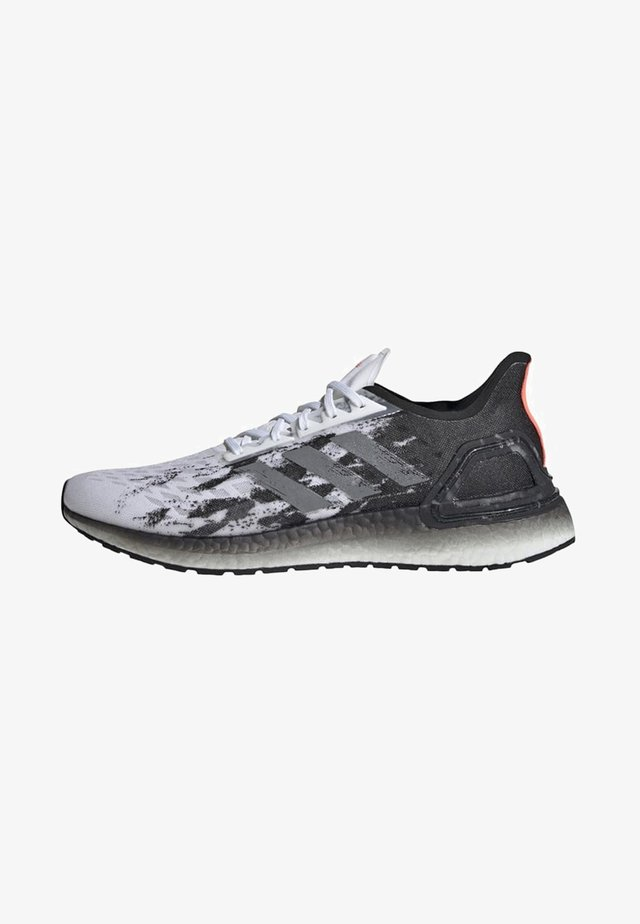 ULTRABOOST PB SHOES - Competition running shoes - white