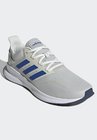 adidas Performance - RUNFALCON SHOES - Trainers - grey - 3