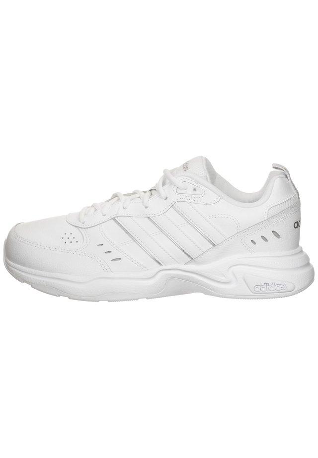 STRUTTER - Trainers - footwear white/metallic silver