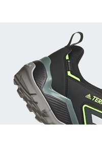 adidas Performance - TERREX EASTRAIL GORE-TEX HIKING SHOES - Hiking shoes - black - 6