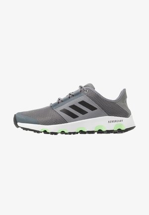 TERREX VOYAGER - Walking trainers - grey three/core black/signal green
