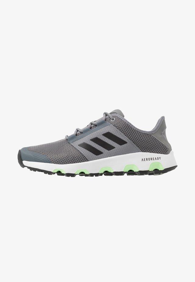 TERREX VOYAGER - Walking trainers - grey three/core black/signal green