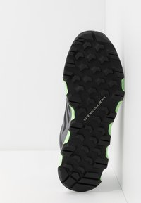 adidas Performance - TERREX VOYAGER - Walking trainers - grey three/core black/signal green - 4