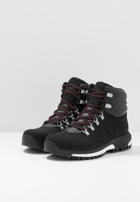 adidas Performance - TERREX PATHMAKER CLIMAPROOF HIKING SHOES - Obuwie hikingowe - core black/scarlet - 2