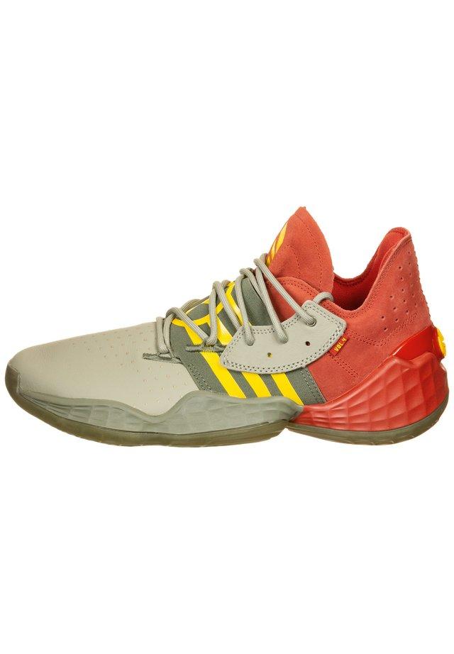 HARDEN VOL. 4 BASKETBALLSCHUH HERREN - Basketball shoes - red / fear grey / legend green