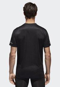 adidas Performance - RUN TEE  - Print T-shirt - black - 1