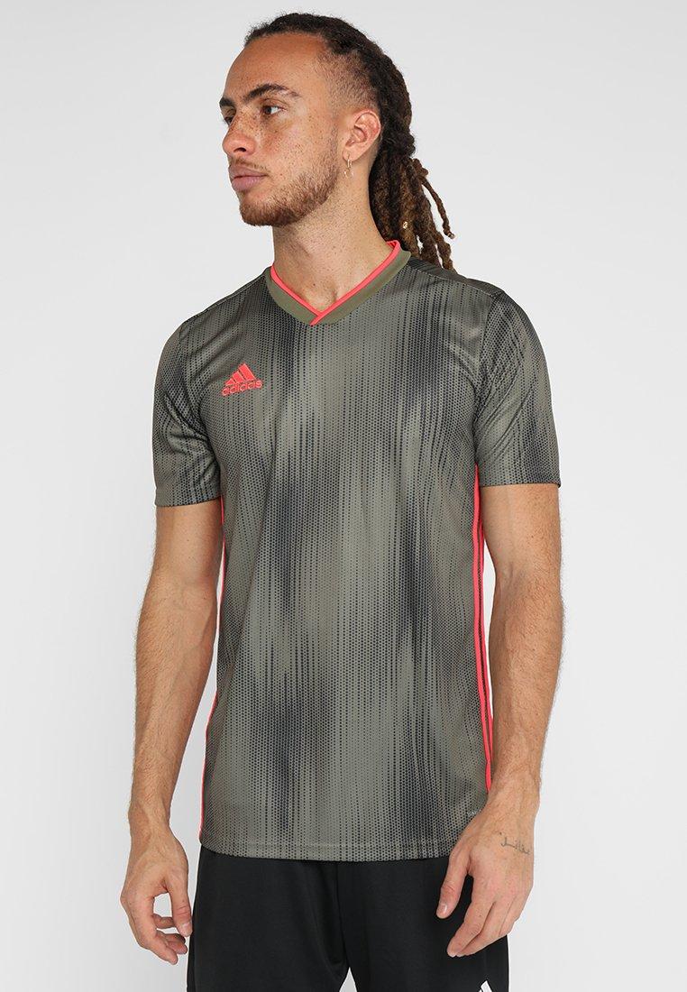 adidas Performance - Camiseta estampada - rawkha/shored
