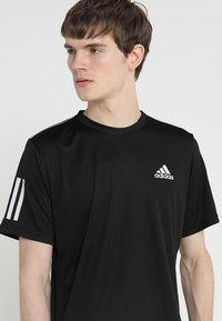 adidas Performance - CLUB TEE - T-shirt med print - black/white - 3