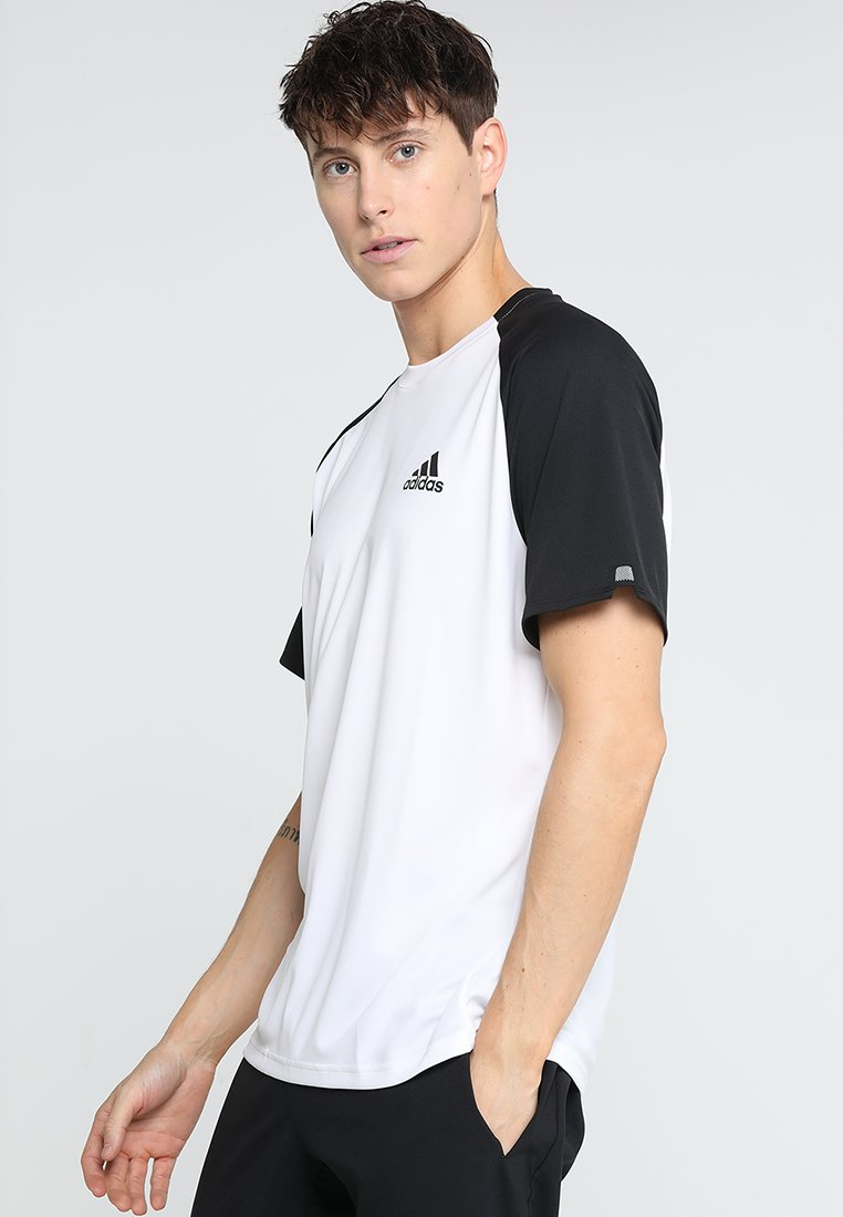 adidas Performance - CLUB TEE - T-shirt imprimé - white/black