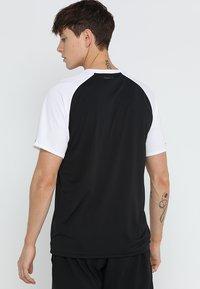 adidas Performance - CLUB TEE - T-shirt med print - black/white - 2