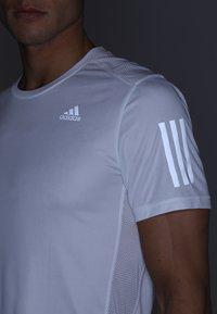 adidas Performance - OWN THE RUN TEE - Print T-shirt - white/silver - 3