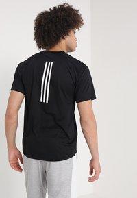 adidas Performance - T-shirt imprimé - black - 2