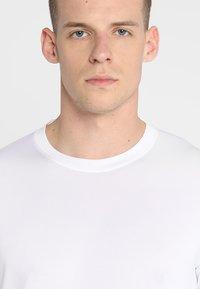 adidas Performance - FREELIFT SPORT ATHLETIC FIT LONG SLEEVE SHIRT - Funkční triko - white - 5