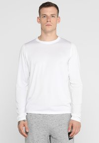 adidas Performance - FREELIFT SPORT ATHLETIC FIT LONG SLEEVE SHIRT - Funkční triko - white - 0