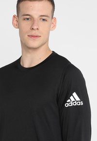 adidas Performance - FREELIFT SPORT ATHLETIC FIT LONG SLEEVE SHIRT - Camiseta de deporte - black - 4