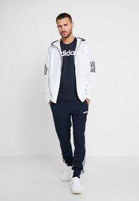 adidas Performance - LIN - Camiseta estampada - ink/white - 1