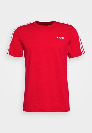 ESSENTIALS SPORTS SHORT SLEEVE TEE - Print T-shirt - scarlet/white