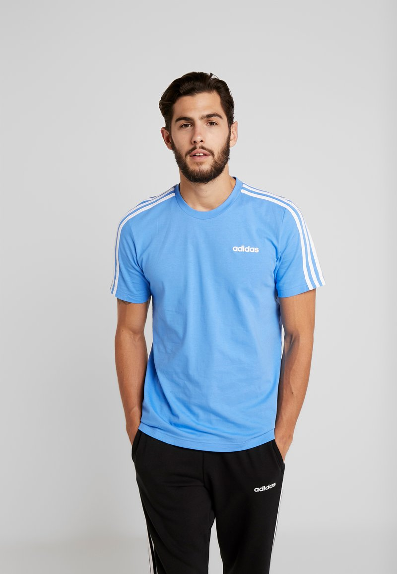 adidas Performance - T-shirt print - reablu/white