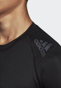 adidas Performance - ALPHASKIN BADGE OF SPORT TEE - Print T-shirt - black - 3